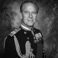 Muere Felipe de Edimburgo, el marido de la reina Isabel II, a los 99 años |  Internacional