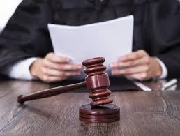 Imponen medidas de coerción contra esposos canadienses acusados de delitos sexuales contra dos niños