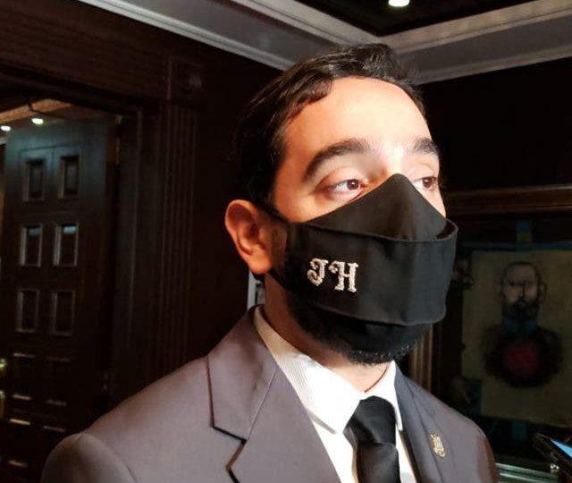 José Horacio pide voto favorable a su informe disidente para inclusión de las tres causales
