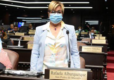 Lila Alburquerque dice  estar sorprendida por la calidad de los diputados que de cada partido