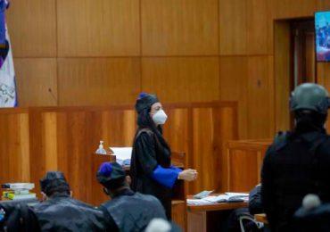 Operación Coral | Yeni Berenice llega sonriente al Palacio de Justicia para coerción de imputados