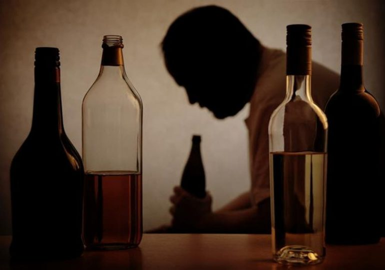 Alcohol adulterado se roba la vida de siete amigos en Cancino
