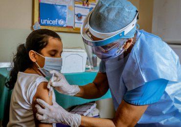UNICEF advierte COVID-19 ha reducido la cobertura regular de vacunación de niños y niñas en RD