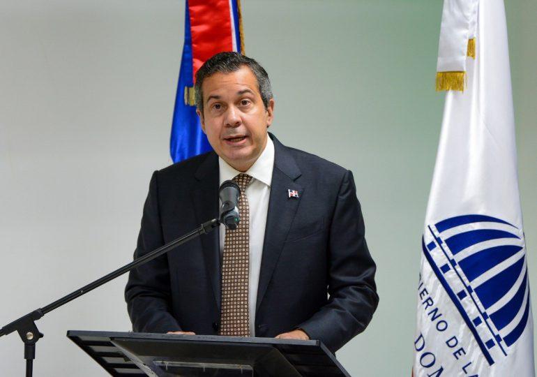 Jorge Mera aborda problemáticas ambientales de Monseñor Nouel con sectores sociales