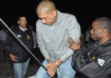 Extraditan a Toño Leña  EE.UU, mientras que «César el abusador» coopera con autoridades