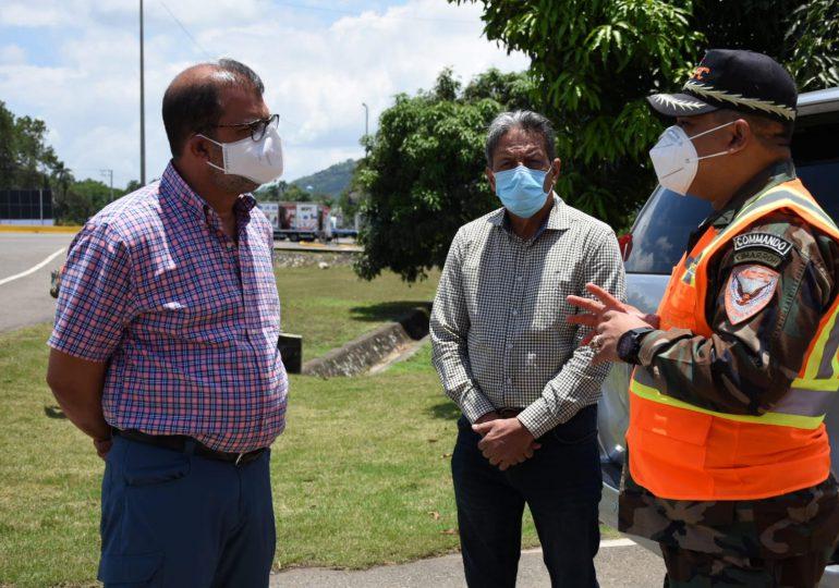 COMIPOL supervisa labores de adecuación para el cierre de pasos ilegales en autopista Duarte