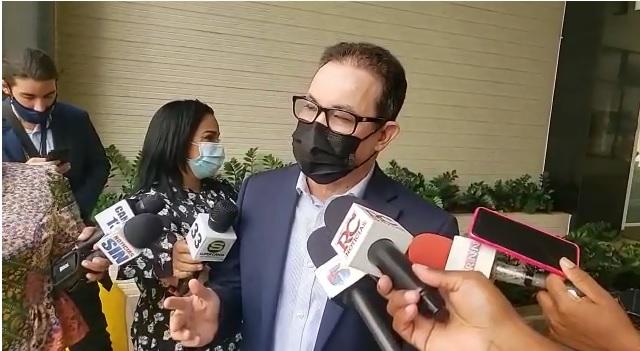 VIDEO | Toque de queda vence el domingo; legisladores a favor y en contra de que continúe