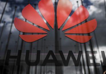 Presidente de Huawei llama a incursionar en software para enfrentar sanciones de EEUU