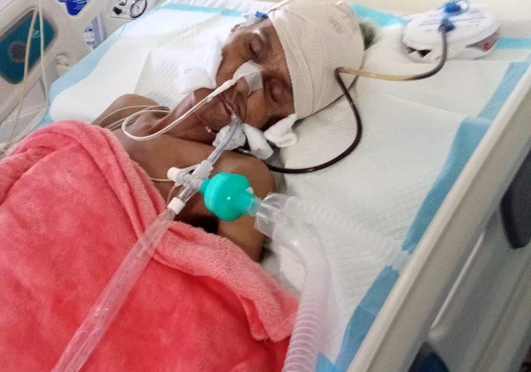 Cuerpo sin vida de mujer es retenido en clínica de La Vega a pesar de tener fondos del SENASA