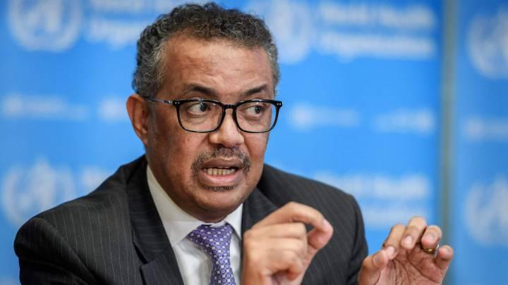 """El jefe de la OMS denuncia las """"maniobras geopolíticas"""" en la diplomacia de las vacunas"""