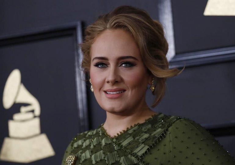 Muere el padre de Adele: una amarga relación rota hace una década
