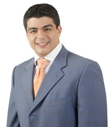Felipe Suberví asegura está en la política por convicción propia, no por herencia