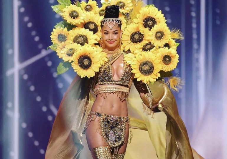 VIDEO | Así desfila el traje típico la Miss República Dominicana, Kimberly Jiménez, en el Miss Universo