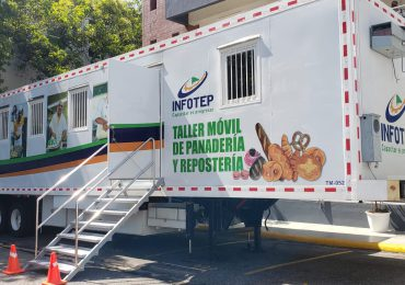 VIDEO | INFOTEP facilita a Salud Pública 10 talleres móviles, para centros de vacunación
