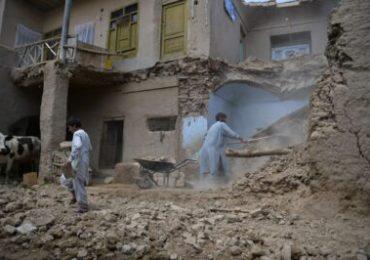 Al menos 25 muertos y 52 heridos en explosión cerca de escuela afgana