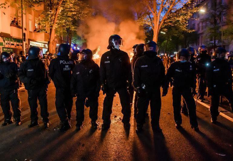 La policía detiene a más de 250 personas durante el 1 de mayo en Berlín