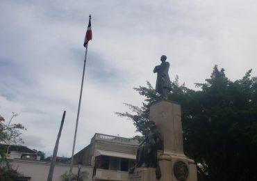 Instituto Duartiano deplora robo de la Bandera Nacional en Parque Duarte Zona Colonial