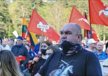 Miles protestan contra uniones de personas del mismo sexo en Lituania