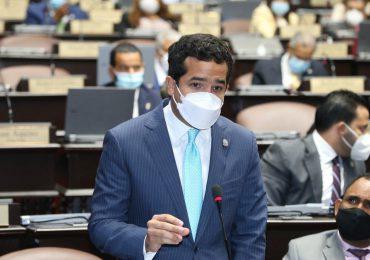 VIDEO | Diputado Omar Fernández agradece gestión de vacunas a senadores de EEUU