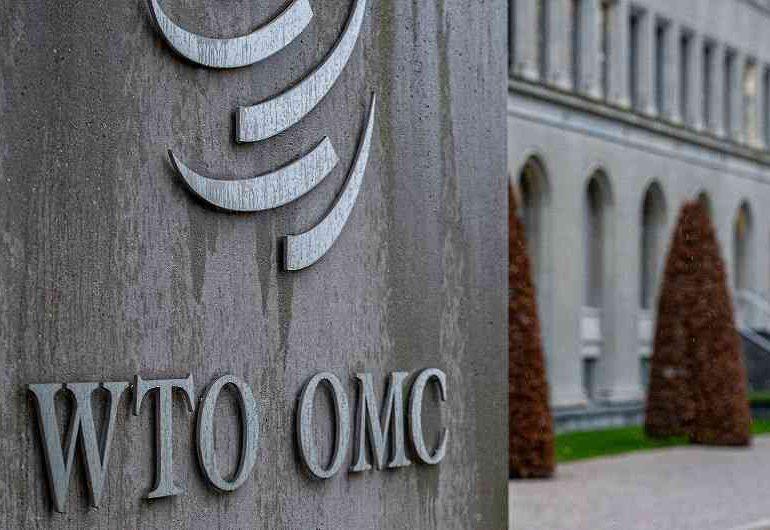 China apoya discusiones en la OMC para liberar patentes de vacunas anticovid