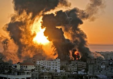En Gaza los ataques israelíes se intensifican y también el temor de la gente