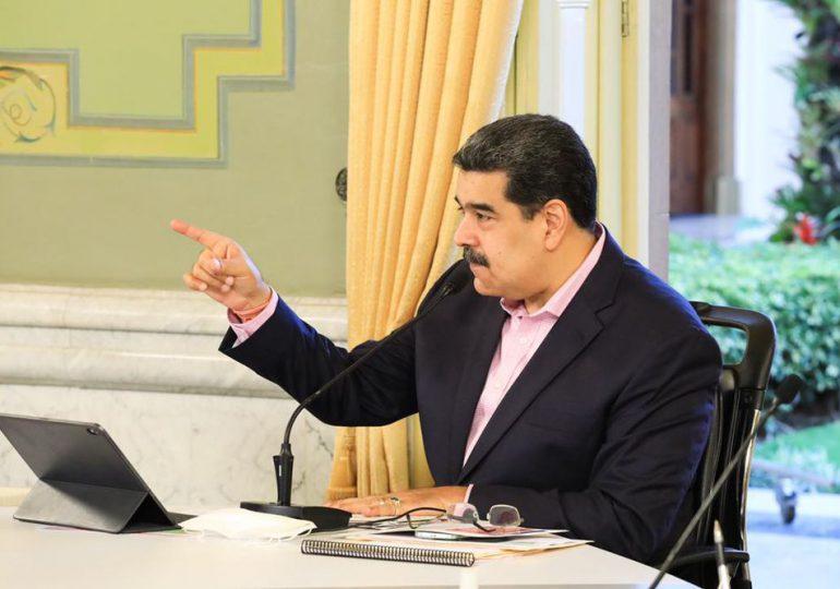 Maduro se dice dispuesto a hablar con Guaidó con mediación internacional