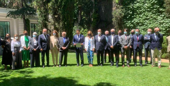 Las razones por la que grupos hoteleros españoles reconocieron al Ministro de Turismo dominicano