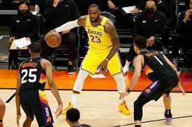 Davis y LeBron conducen a los Lakers a empatar la serie con los Suns de Phoenix