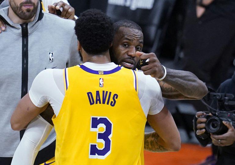 Davis y LeBron dan ventaja de 2-1 a Lakers sobre Suns