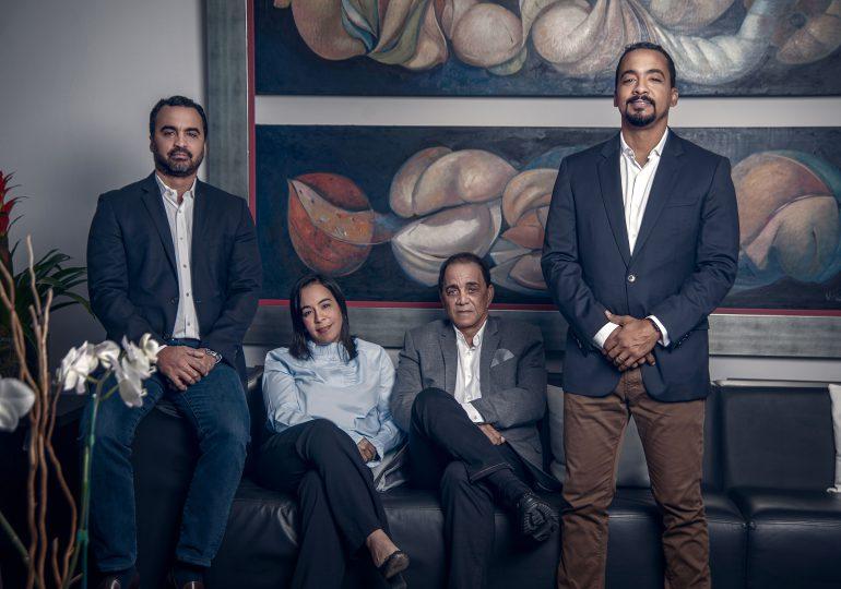 Colorín celebra 30 años de innovación en la publicidad exterior