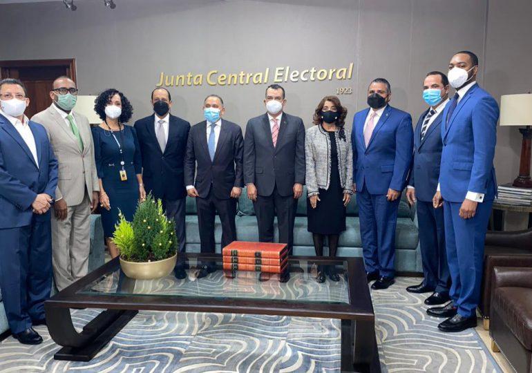 JCE cancela director del voto dominicano en el exterior junto a otros funcionarios