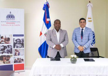 Gabinete de Política Social firma acuerdo para incluir más personas en ayudas sociales