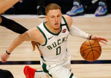 Los Bucks se quedan sin DiVincenzo por el resto de playoffs de NBA