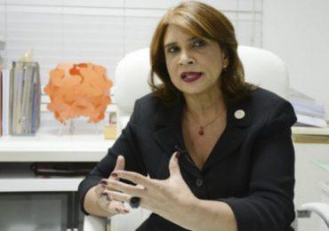 Renuncia viceministra de Salud Pública; designan sustituto