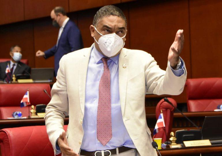 Senador del PLD aboga por pacto que enfrente el covid-19; solicita reestablecer programas sociales
