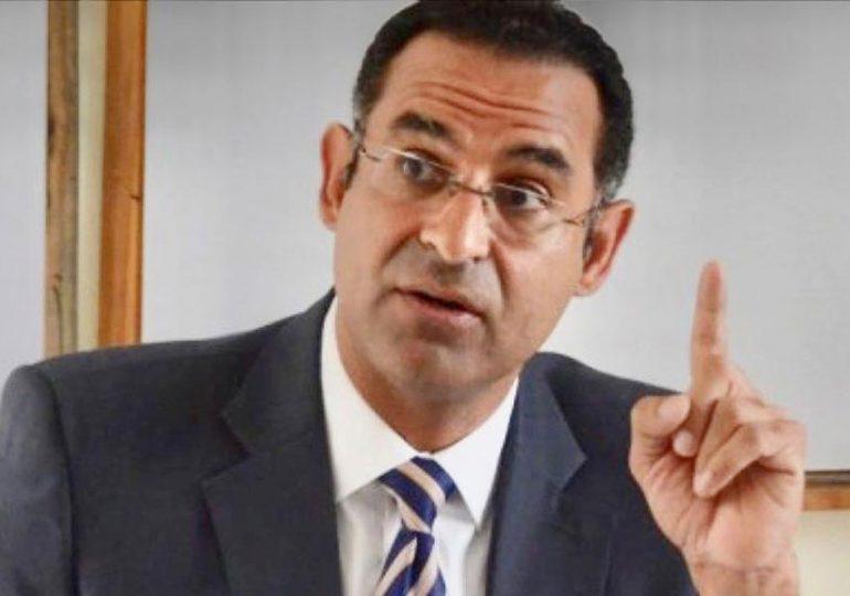 Aristy Escuder advierte reforma fiscal golpearía a los pobres y clase media
