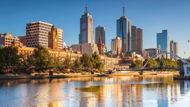Australia ordena cierre por covid en su segunda ciudad más poblada
