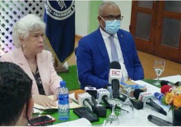 VIDEO | Milagros Ortiz Bosch visita el CODIA tras recibir denuncias por falta de información y transparencia