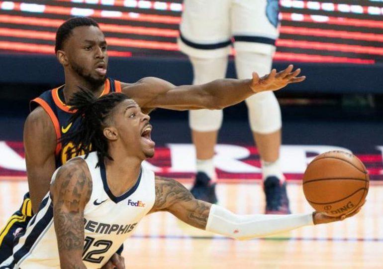 Morant lidera a Memphis a eliminar a Warriors y Curry