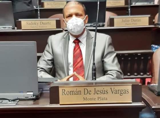 VIDEO    Diputado anuncia en plena sesión que tiene COVID y genera tremendo avispero
