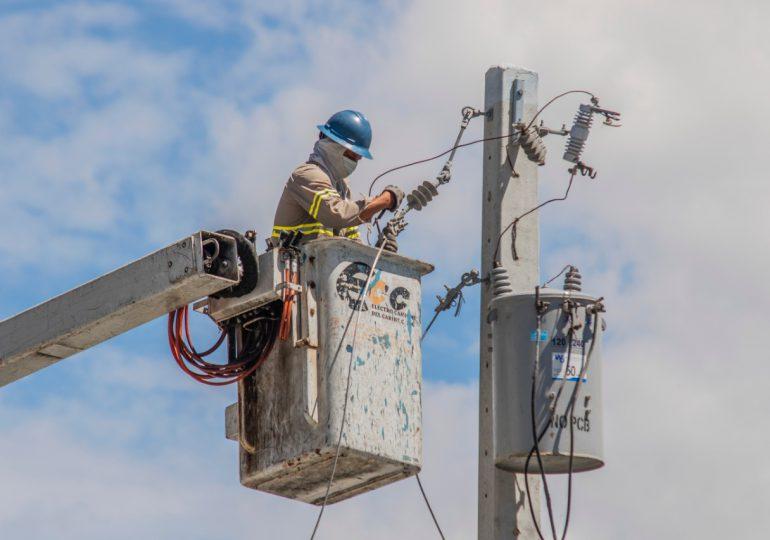 Disponibilidad del servicio eléctrico en RD ya se sitúa en un 98.89%