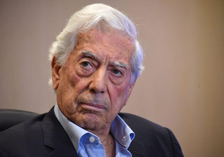 Vargas Llosa invita a Keiko Fujimori a conferencia sobre democracia en Quito
