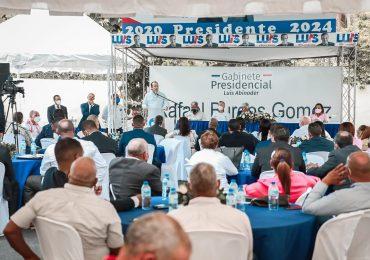 José Paliza encabeza encuentro dirección política PRM en la provincia Santo Domingo