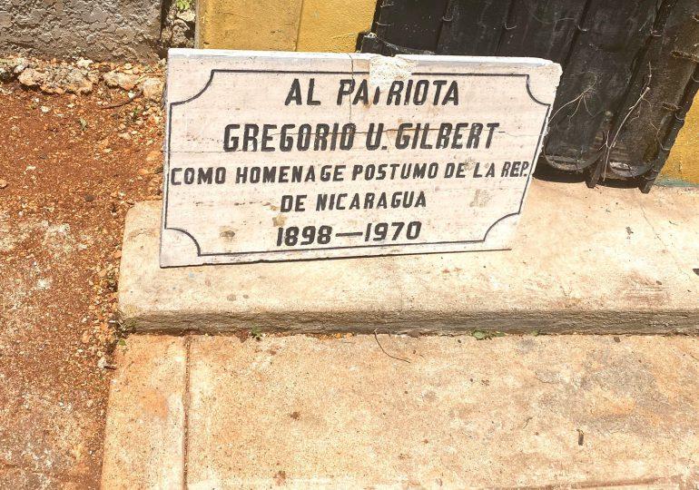 Exhuman restos del Héroe Nacional, Gregorio Urbano Gilbert