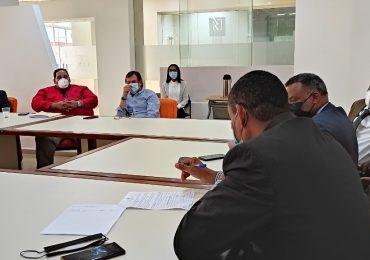 Ministerio de Trabajo firma acuerdo entre Ferretería Americana y sindicato de trabajadores