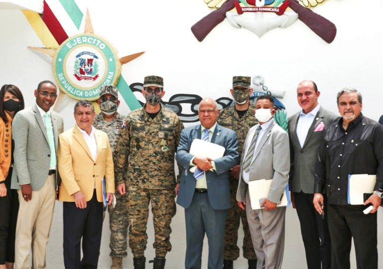 Fuerzas Armadas y Cámara de Diputados abordan temas proyecto de ley seguridad y defensa nacional