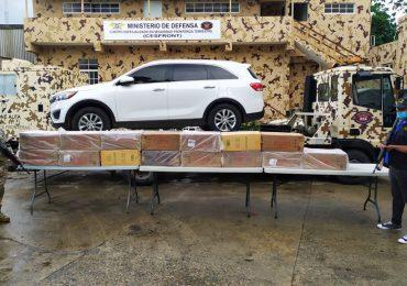 VIDEO | CESFRONT detiene jeepeta con más de 150 mil unidades de cigarrillos en Dajabón
