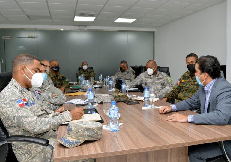 Militares coordinan trabajos para evitar invasores en terrenos de proyectos habitacionales