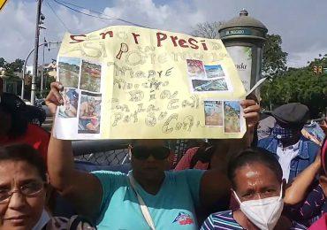 VIDEO | Desalojados del sector La Mina SDE, piden reubicación; se declaran en indigencia