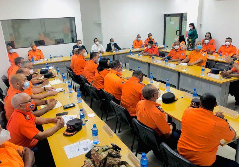 Defensa Civil coordina acciones para asistir a la población durante temporada ciclónica